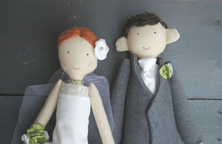 Apacukababa Wedding Dolls Do you hate boring gift ideas? Maybe we can help you. We made special handmade custom dolls.