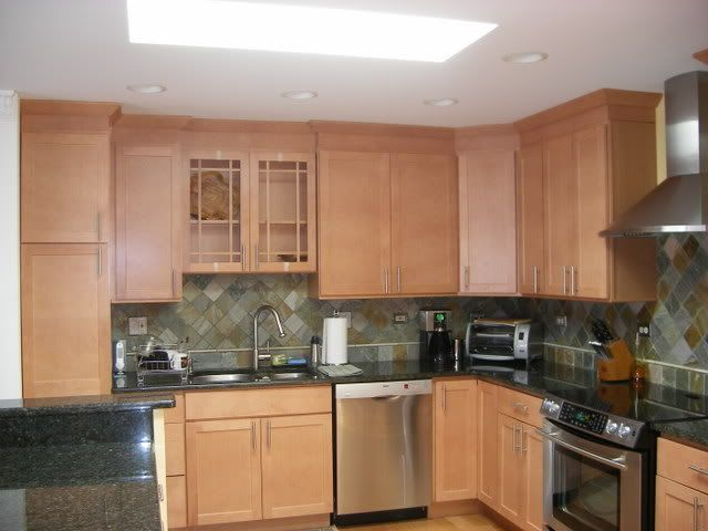 Kitchen Counter And Backsplash Ideas For Honey Brown Maple Cabinets