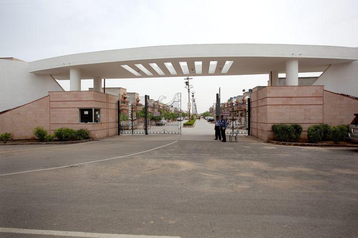 Welcoming Avenue of SHRI Radha Puram Estate