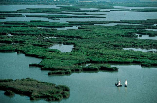 Hungary, Lake Velence