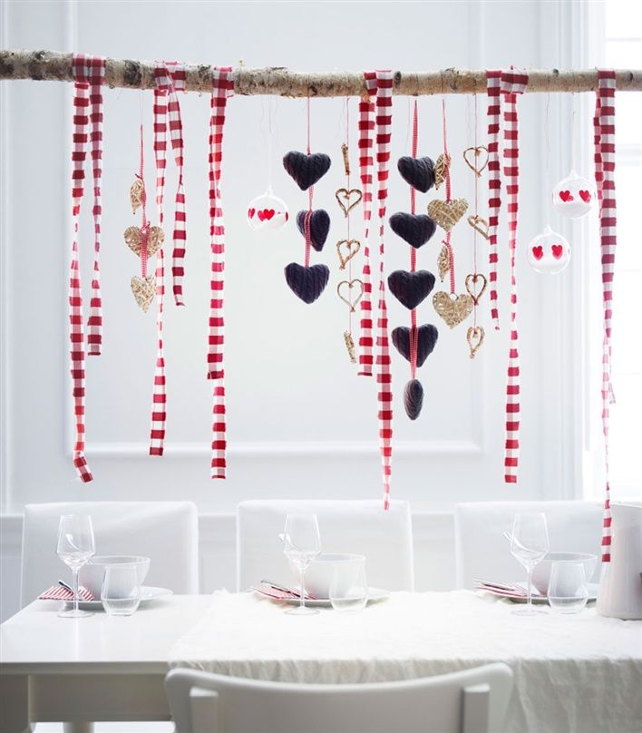 xmas decor: could be cute in front of a window