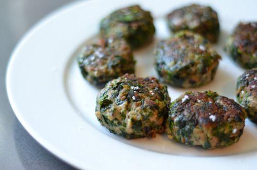 Green Sliders (Spinach, Mushroom, and Beef Mini Burgers)