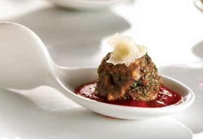 Mini-boulettes de viande au parmesan, sauce tomate