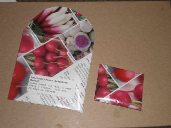make-seed-envelopes-out-of-seed-catalogs-1024x768