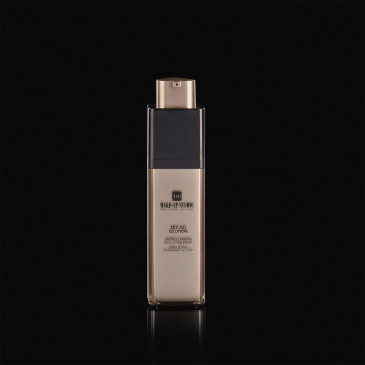 """Een weldadig, verstevigend serum dat bijdraagt aan een intensieve anti age behandeling. Het Trimoist complex helpt fijne lijntjes te vervangen en staat bekend om zijn """"liftende"""" effect. De combinatie van Urea en Serina helpt de vochtbalans te optimaliseren en het vocht langer in de huid vast te houden. De combinatie van de werkstoffen Vitamine E, Hibiscin Extract en Macadamia Olie staat bekend om versnelling van de celvernieuwing. EUR 44,90"""