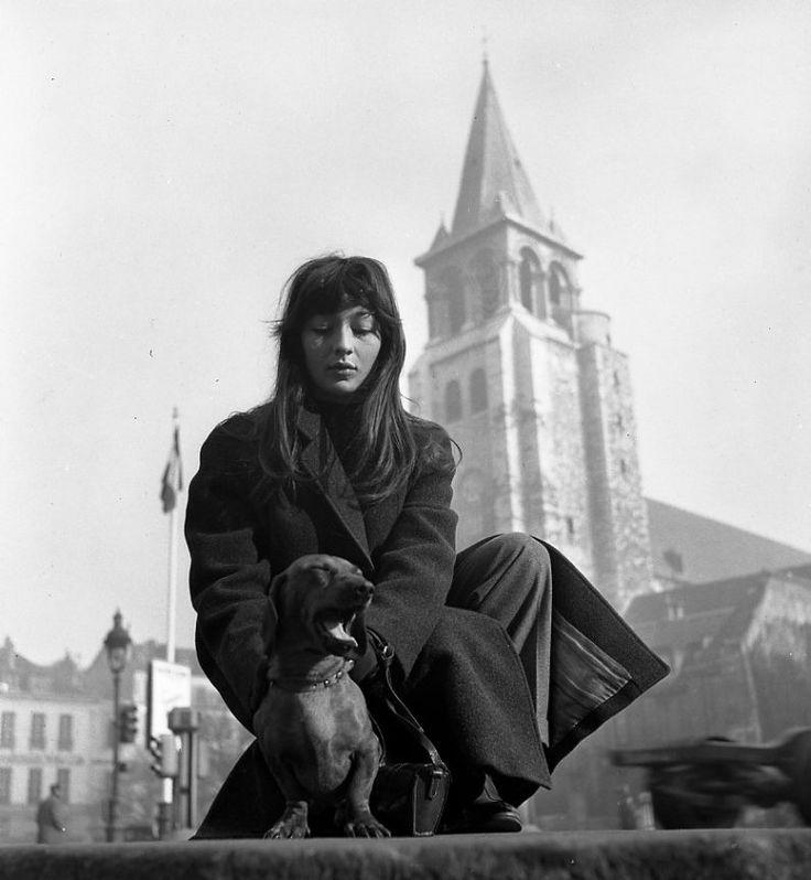 Atelier Robert Doisneau   Robert Doisneau's photo archives. - Paris : Saint-Germain-des-Prés - Juliette Gréco à Saint Germain des prés, 1948