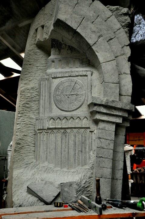 Sculptuur voor Waterweg Wonen gemaakt in 10.000kg Dolomiet ...:-)