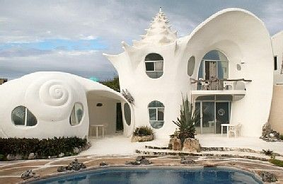 Caribbean Paradise – Conch Shell House by Octavio Ocampo.   GO to the link to see MORE of this house... WOW ..... http://www.beautifullife.info/urban-design/caribbean-paradise-conch-shell-house/