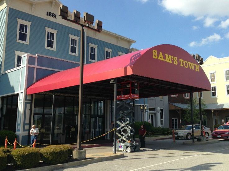Casion Canopy Awning - Example installed at Sam's Town Casino in Tunica, MS by Delta Tent and Awning. http://mdtna.com/casino-entrance-awning/