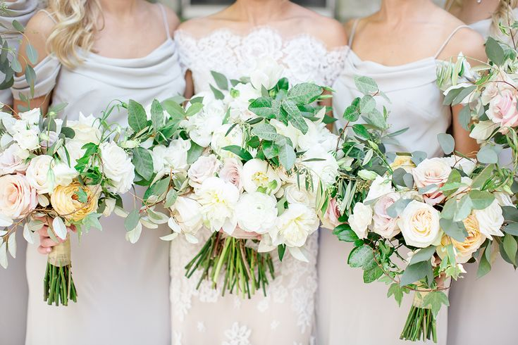 Bridesmaids Bouquets   Anne Barge Wedding Dress   Event and Floral Design   Southern Posies Weddings   Montgomery, Alabama