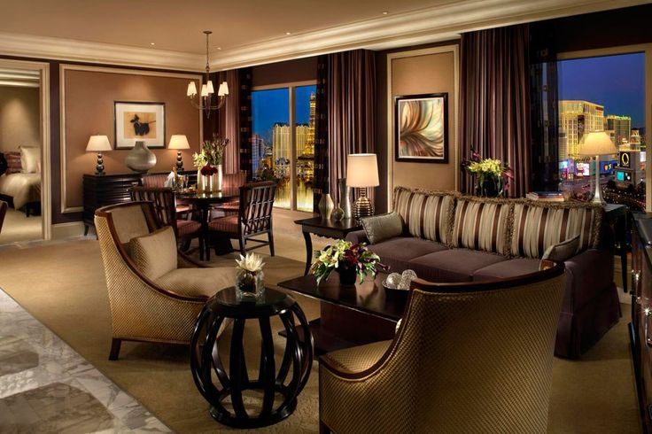A suite at the Bellagio hotel, designed by Roger Thomas. Photo courtesy of MGM Mirage