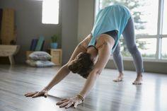 Sept positions de yoga pour dormir comme un bébé