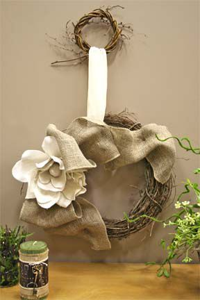 Easy To Make BURLAP WALL ART | yourself! Large and small grapevine wreaths, burlap ribbon, burlap ...