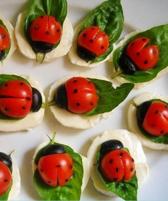 Ladybug caprese - cherry tomatoes, mozzarella, basil and black olives | party appetizers