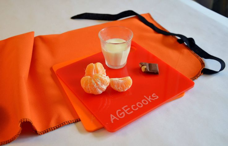 A mid morning snack / perspex placemat for children/ 19x19cm @AGEcooks