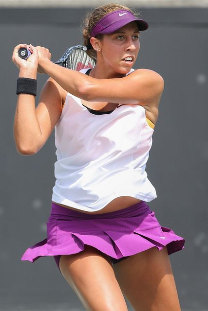 Madison Keys focuses on her shot