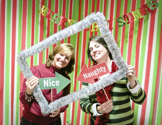 Christmas Photo Booth | All Things MOPS