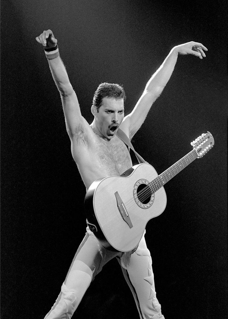 Freddie Mercury  http://www.facebook.com/pages/Art-of-street/144938735644793?fref=ts