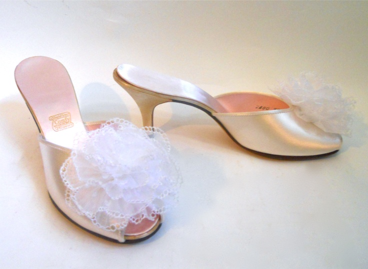 Lace Bridal Shoes Vintage Style