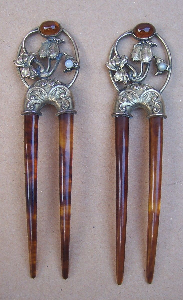 Vintage Hair Combs Art Nouveau