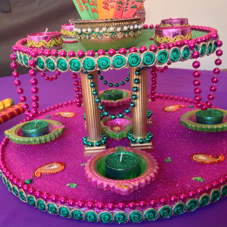 Double tiered Mehndi plates, this is a stunning centrepiece for Mehndi celebrations. See my Facebook page www.facebook.com/mehnditraysforfun