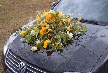 Benodigdematerialen:zelf dit bloemstuk maken  Met een Auto Rondella    Voorbeelden Bloemschikken Oasis