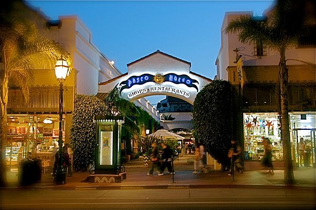 Great shopping and dining at Paseo Nuevo in Santa Barbara!