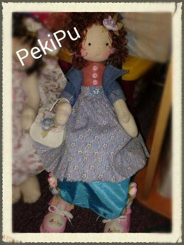 Linda muñeca hecha a mano...♥♡