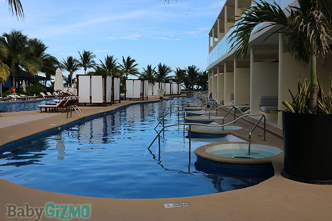 Hotels In Cancun With Swim Up Rooms