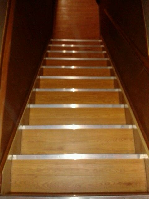 Best Faux Wood Vinyl Tiles From Lowes On Basement Stairs 400 x 300