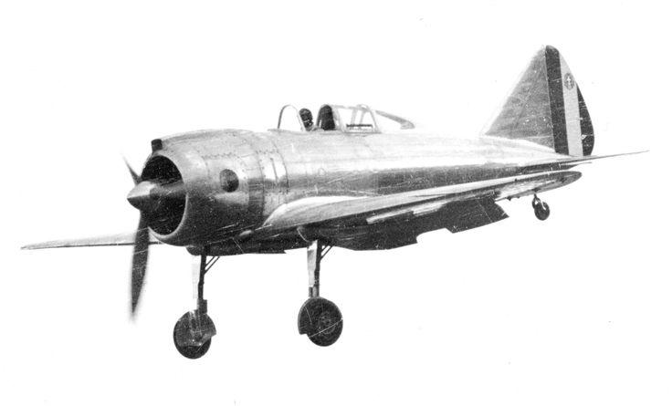 Reggiane Re-2000 Prototipo in aterraggio
