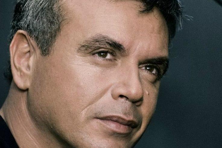 Ο Μανώλης Λιδάκης στο Περιβόλι τ' Ουρανού από 2/4 κάθε Παρασκευή & Σάββατο   Χορηγός Επικοινωνίας: Web Music Radio