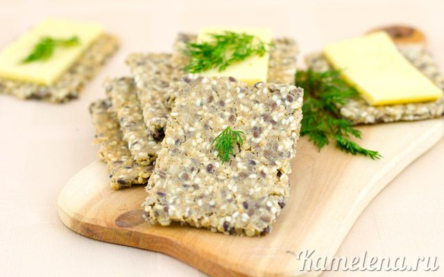 Зерновые хлебцы http://kamelena.ru/recipe/Zernovye-xlebcy/