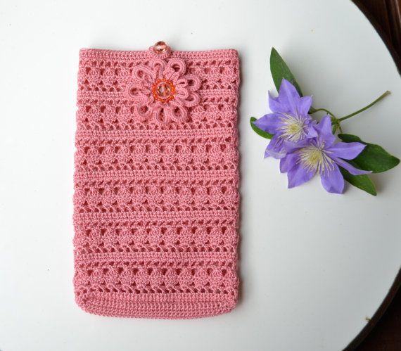 Crochet smartphone cover, crochet case, phone accessories, purse, crochet wallets, antique pink crochet case, textile cover