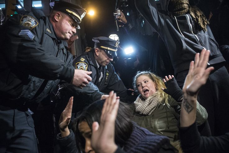 Protests After Grand Jury in Eric Garner Chokehold Case Doesn't Indict Officer - NYTimes.com