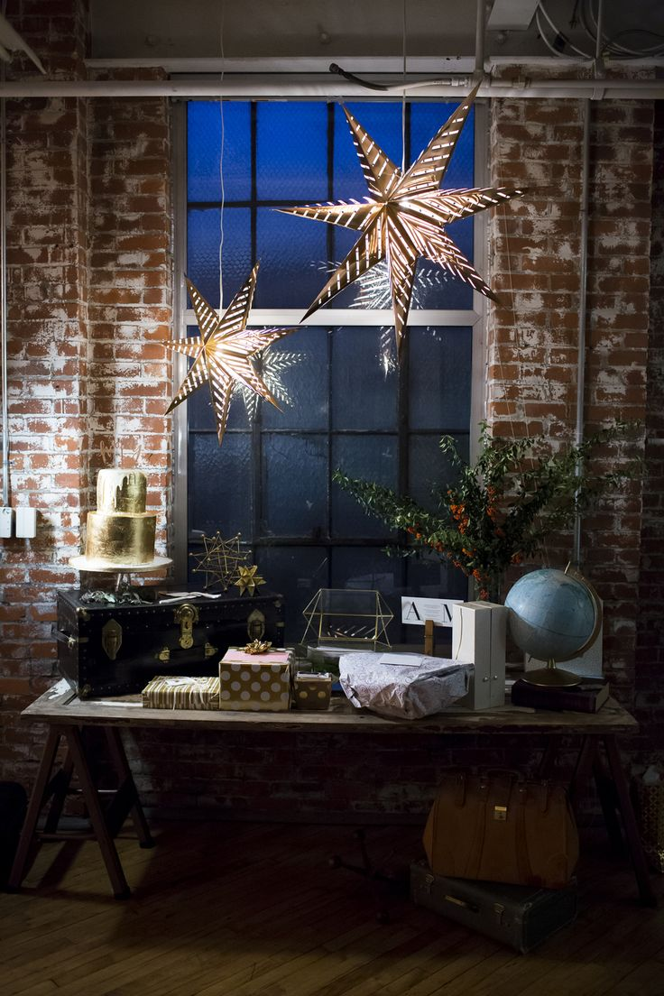 wedding reception at home ideas uk%0A An Industrial Pennsylvania Art Gallery Wedding at Goggleworks