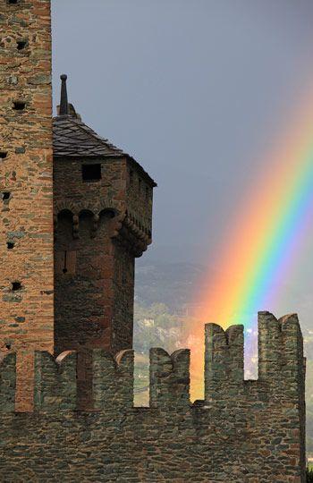 Rainbow, Fenis Castle, Aosta Valley, Italy (© Davide Carlo Cenadelli/SIME/4Corners Images)