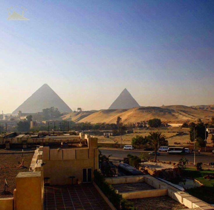 The land of the greatest civilization Egypt 💚 مصر من أعظم الحضارات في تاريخ البشرية  To know more about our weekend in Egypt check لمعرفة المزيد عن رحلتنا الى القاهرة يمكنك قراءة المدونة على الرابط  http://www.easttowestadventures.com/en/pyramids-for-a-weekend/ #easttowestadventures #egypt #egyptianmuseum # cairo #travelblogger #travelphotography #pyramids