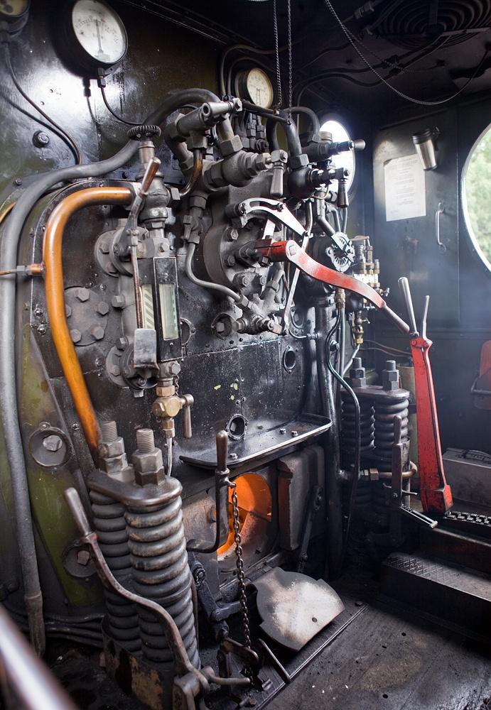 The cab interior of GW pannier tank steam locomotive no. 5786 at Buckfastleigh on the South Devon Railway. by Willi_G