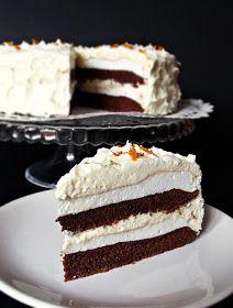 Számomra megunhatatlan a csokoládé és narancs ízkombináció, ebben a tortában pedig különösen finomak együtt. Hozzávalók 24 cm-es t...
