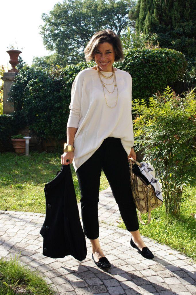 Consuelo Blocker muito fina! O estilo dela é muito conforto com um toques nos acessórios. É perfeito.