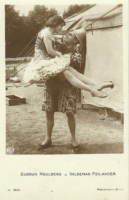 vintage circus - GUDRUN HOULBERG VALDEMAR PSILANDER ...
