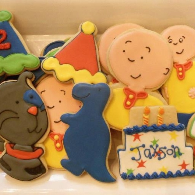 Caillou and Gilbert cookies.
