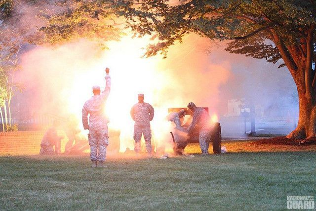 """DE Army National Guard #Soldiers fire cannons in conjunction with """"Tchaikovsky's 1812 Overture"""" to kick off #fireworks and community events."""