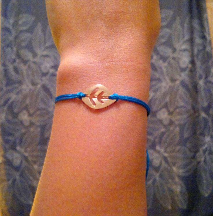 blue leaf bracelet