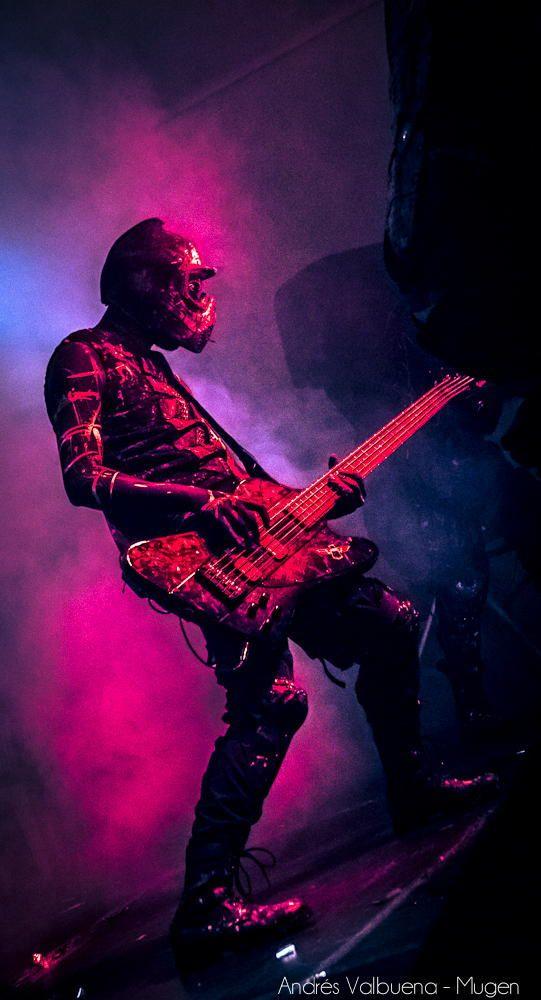 Koyi K utho #bass #liveshow #show #shadow #live #purple #blue #colors
