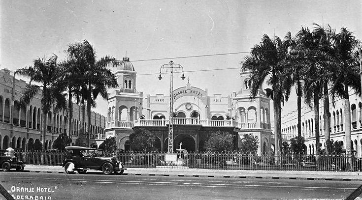 Oranje Hotel, Soerabaja.