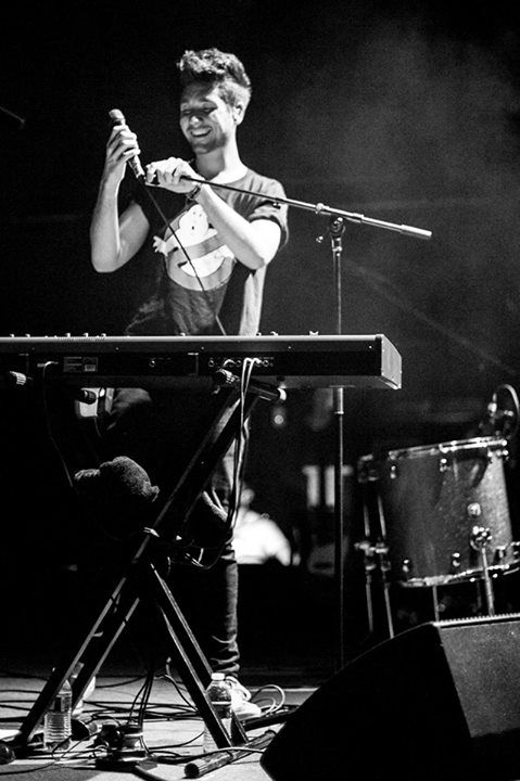 Dan Smith from Bastille. I miss them so much...and they're gonna be here next week and I'm not going to be there :(
