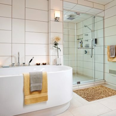 7 best images about salles de bain on pinterest places for Salle de bain epuree