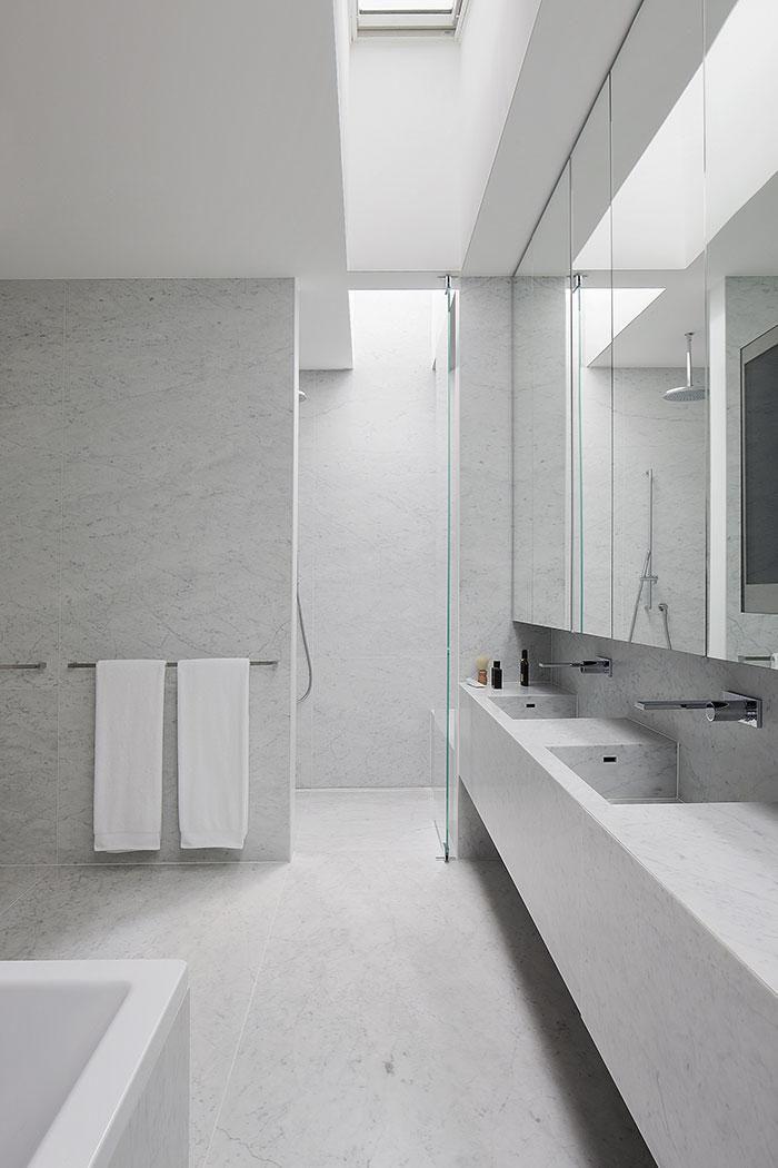 Bathroom - Marble House by Nixon Tulloch Fortey